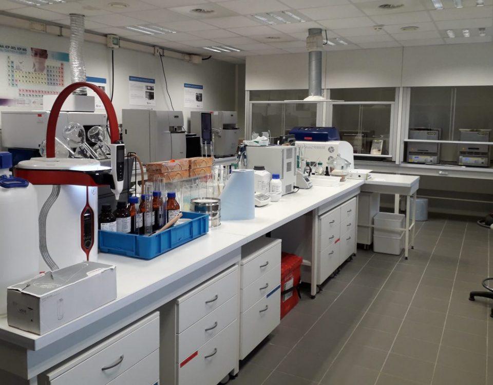 Laboratoire pour essai ciment à base de sédiments